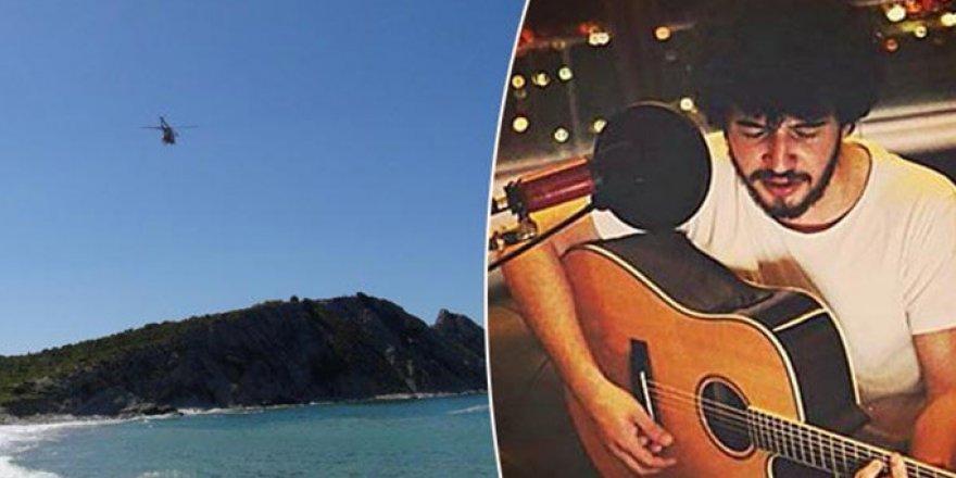 Ünlü şarkıcı denizde kayboldu