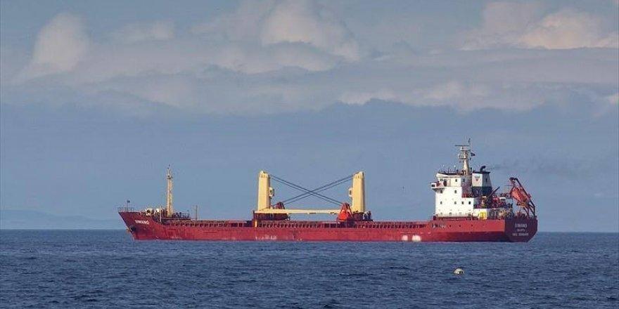 FSB, Azak Denizi'nde 2 gemiyi alıkoydu
