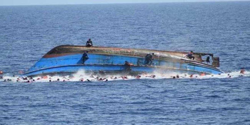 Alabora olan teknedeki 30 kişi öldü