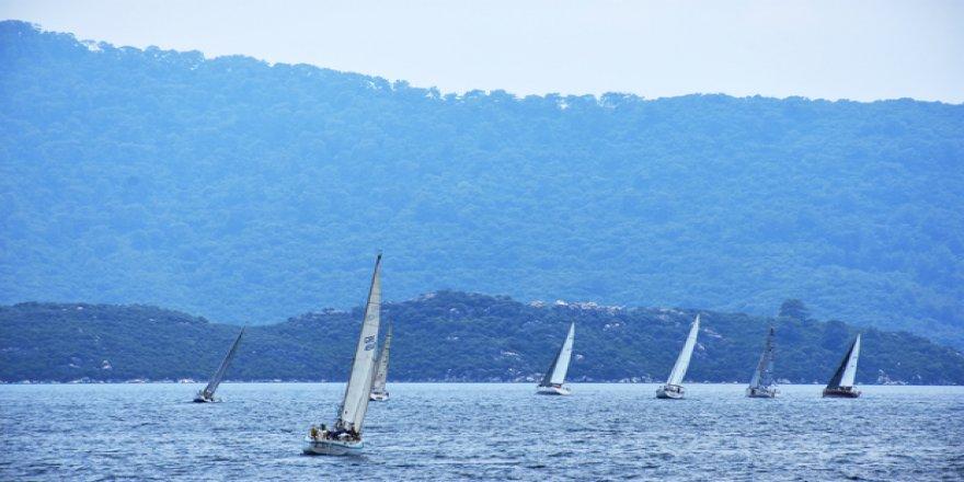 Türk-Yunan dostluğuna yelken açtılar