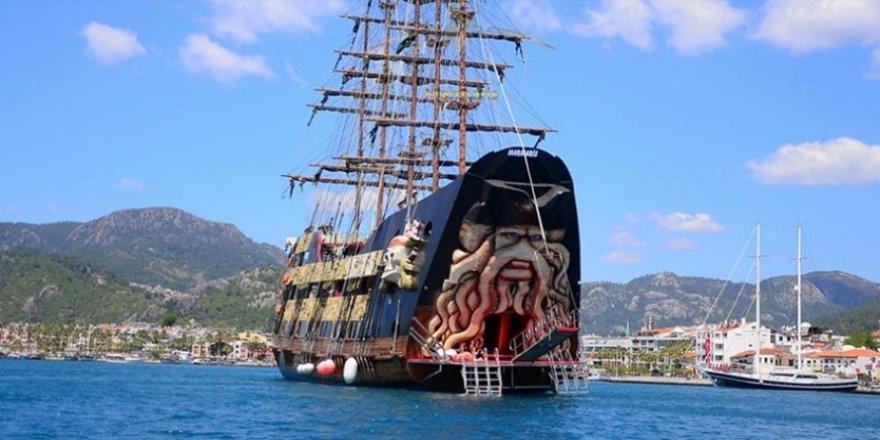 """""""Korsan gemilerle"""" tekne turuna büyük ilgi"""