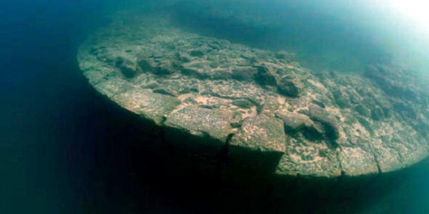 Van Gölü'nde 3 bin yıllık gizli tarih