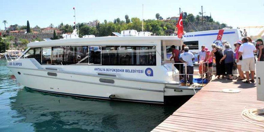 Antalya'da deniz otobüsleri 120 bin yolcu taşıdı
