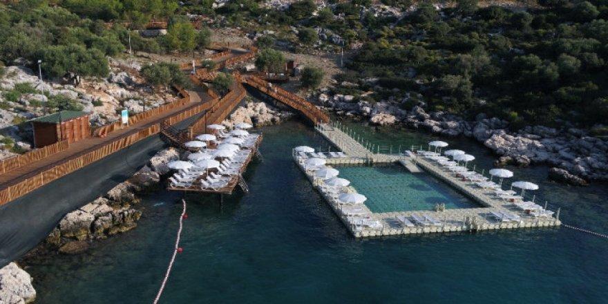 Antalya'nın üçüncü kadınlar plajı da hizmete açıldı