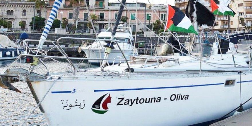 5'inci Özgürlük Filosu İtalya'nın Cagliari Limanı'da