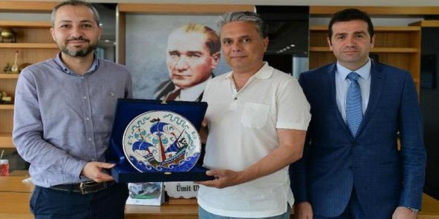 Gemi mühendislerinden Başkan Uysal'a ziyaret