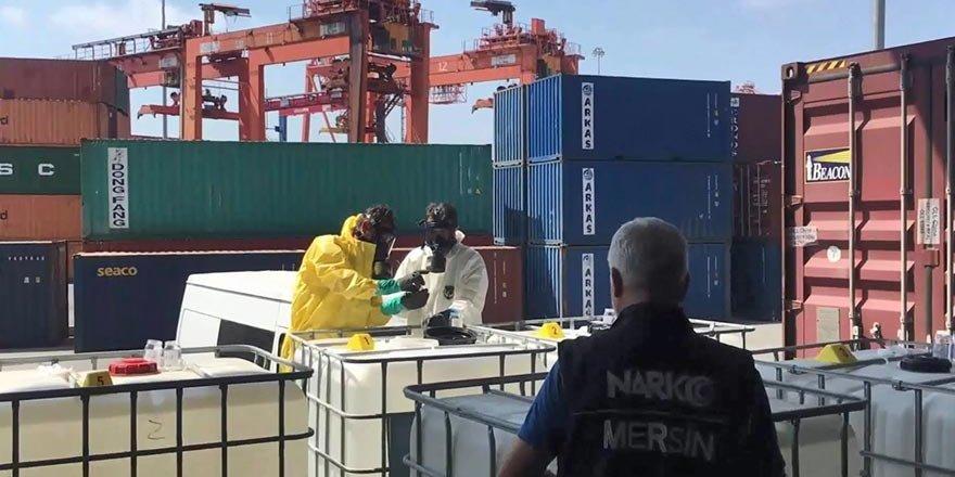 Mersin limanında yaklaşık 15 ton eroin ham maddesi ele geçirildi