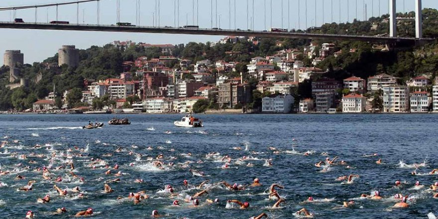 Binlerce kişi İstanbul Boğazı'nı yüzerek geçecek