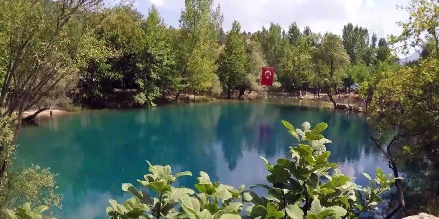 """""""Gizemli göl"""" Yeşilgöz ziyaretçilerini büyülüyor"""