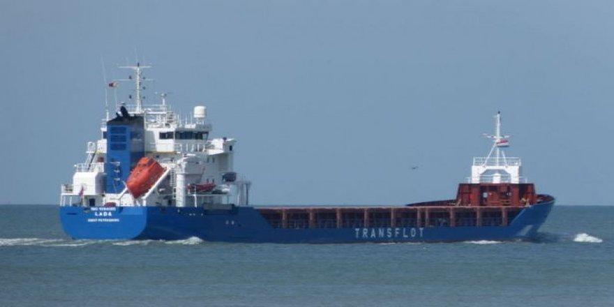Patlayıcı yüklü Rus gemisi Güney Afrika'da durduruldu