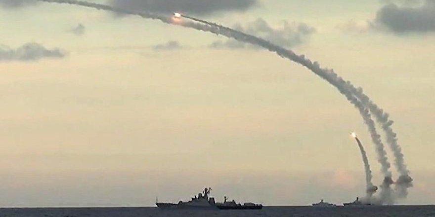 Akdeniz ısınıyor! Rusya 3 yeni gemi daha gönderdi