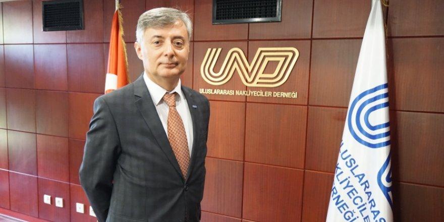 """UND'den """"Türkmenistan geçişine çözüm"""" çağrısı"""