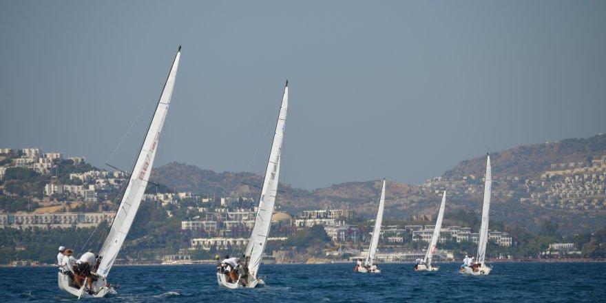 Yelkenler D-Marin Turgutreis'de açıldı