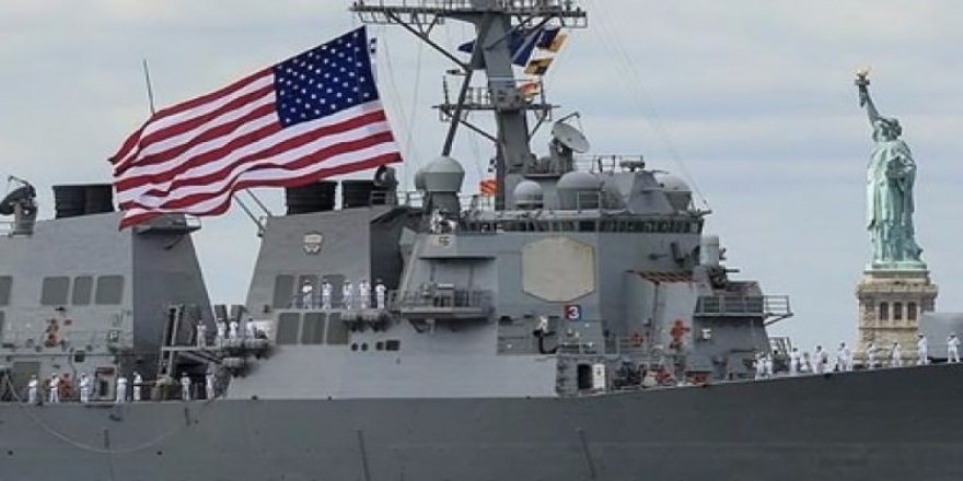 ABD donanmasında 'Florence' alarmı!