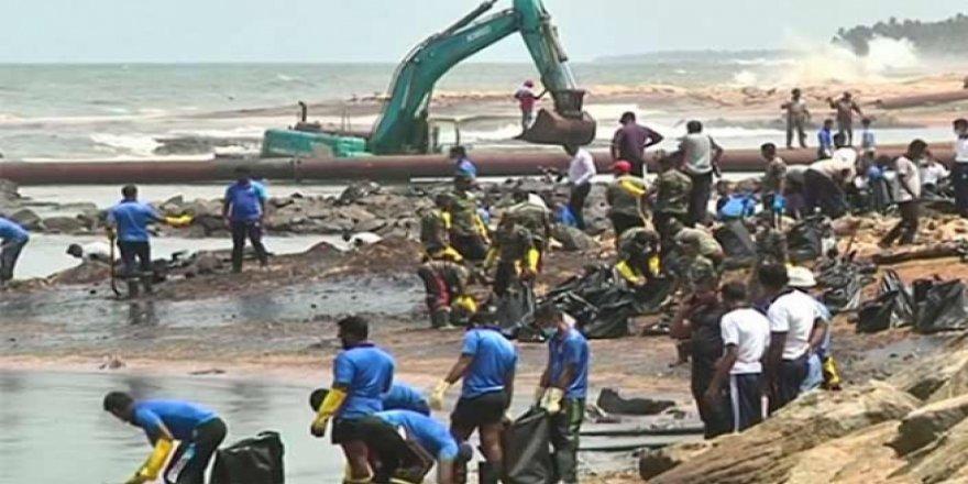 Bir çevre kirliliği haberi daha! 30 ton petrol denize aktı