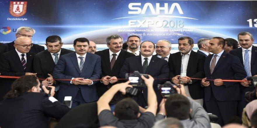 Yerli savunma sanayi 'SAHA'ya çıktı