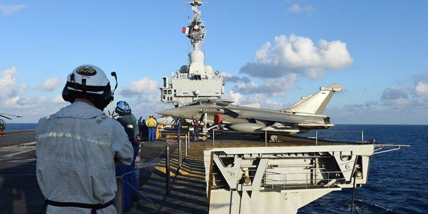 'Füzeler Akdeniz'de Fransa'ya ait fırkateynden ateşlendi'