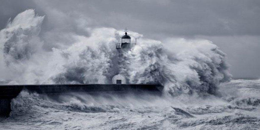 Rusya'da Korkutan Deprem! Tsunami Uyarısı Verildi
