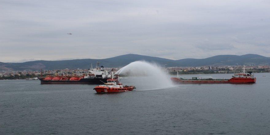 2 Bakanlı deniz kirliliğine müdahale tatbikatı