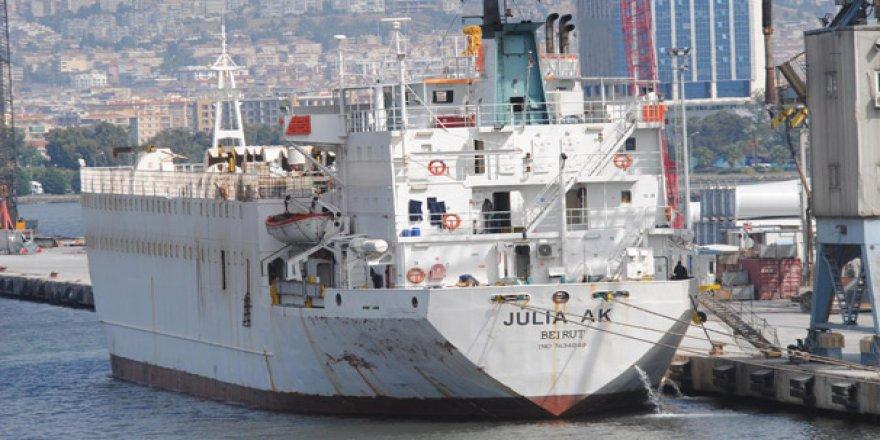 Alsancak Limanı'na gemi ile binlerce angus geldi