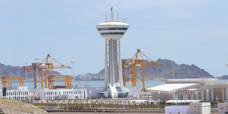 """Türkmenbaşı Limanı'na """"ENR Best Project Ödülü"""""""