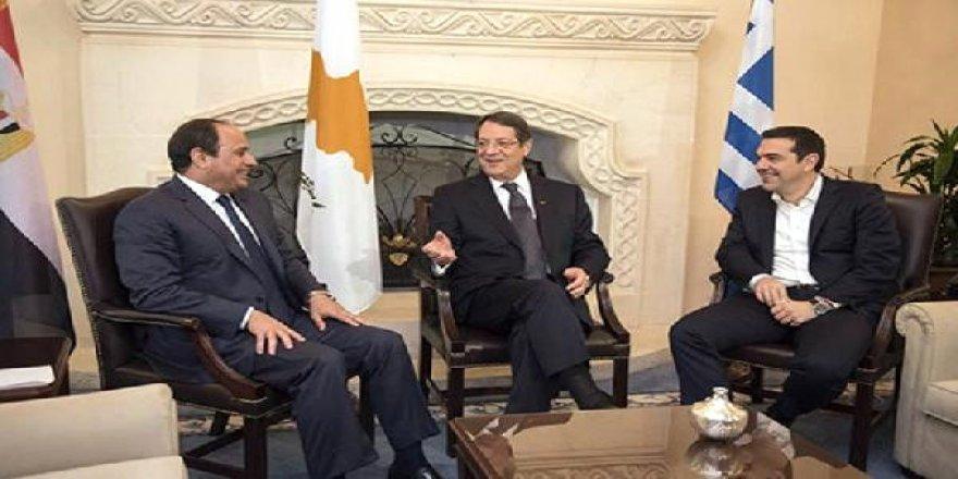 Üç lider Doğu Akdeniz'deki enerji için Girit'te