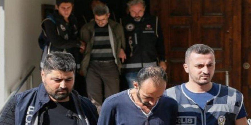 İzmir'deki tekne faciasında 4 tutuklama