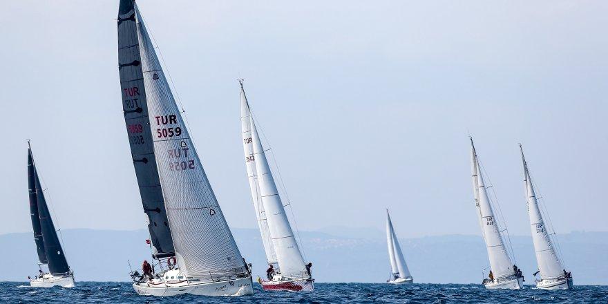 İzmir Güz Trofesi Turgut Ayker Kupası ile başladı!