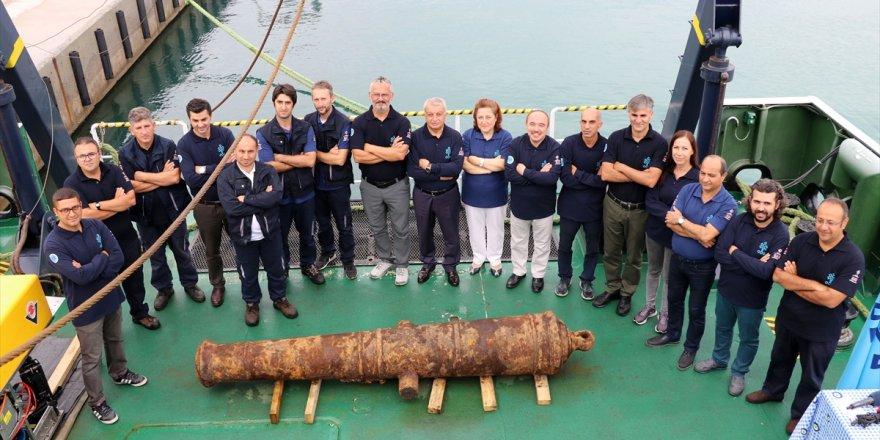 Didim açıklarında tarihi gemi kalıntısı bulundu