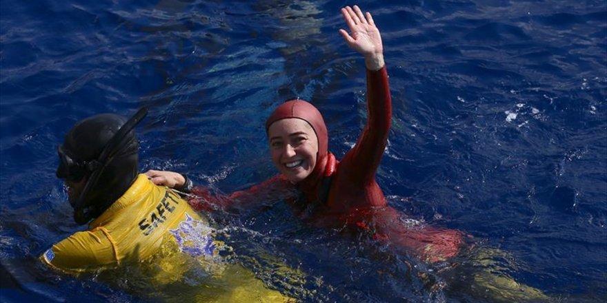 Şahika Ercümen'den Salda Gölü'nde rekor denemesi