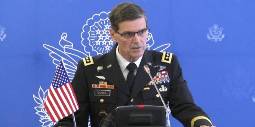 'İki İran botu ABD gemisini taciz etti' iddiası