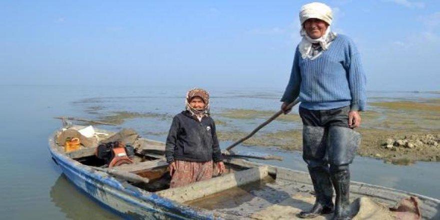Gölmarmara Gölü de yok olmak üzere
