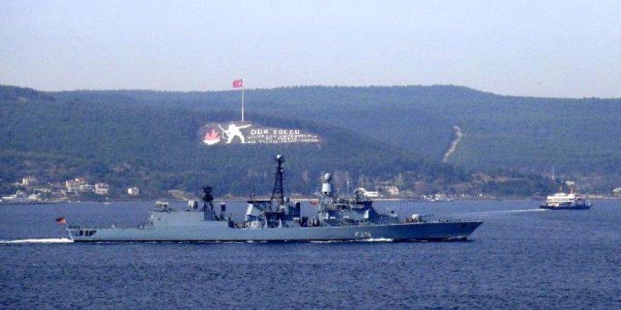 Alman savaş gemisi Marmara'ya açıldı