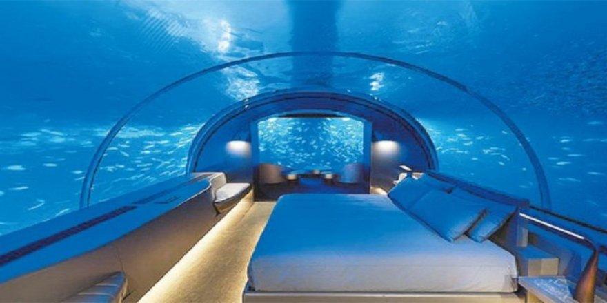 Dünyanın ilk sualtı oteli Maldivler'de açıldı