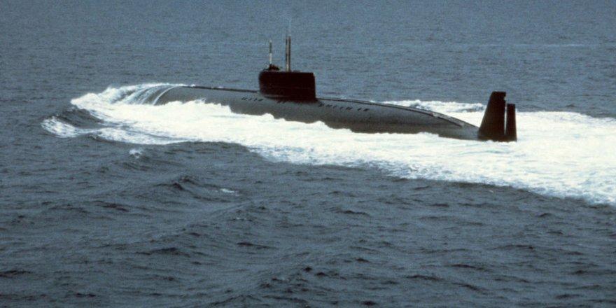 Denizaltının bataryası patladı: 3 ölü
