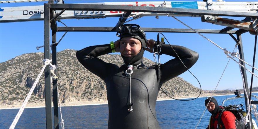 Derya Can Salda Gölü'ne rekor için dalacak