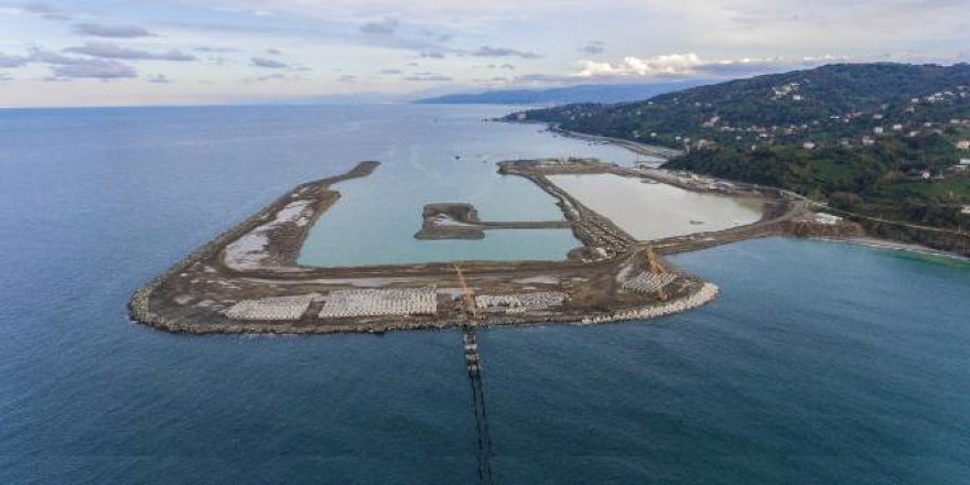 Denize 14,5 milyon ton taş döküldü