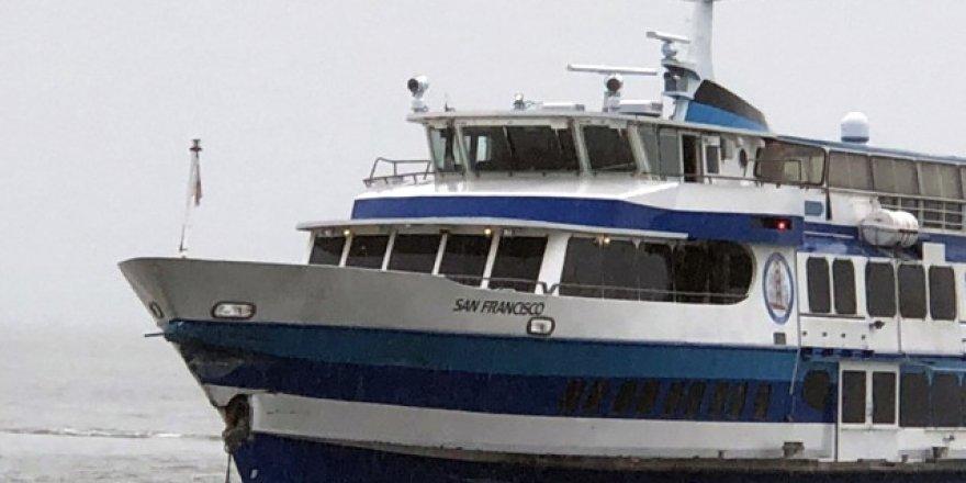 Feribot iskeleye çarptı: 2 yaralı