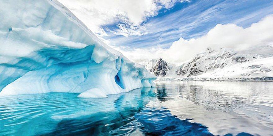 Kuzey Kutbu'nda deniz buzu yüzde 12 hızla eriyor