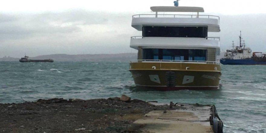 Çakırlar Tersanesi yılın son teknesini denize indirdi