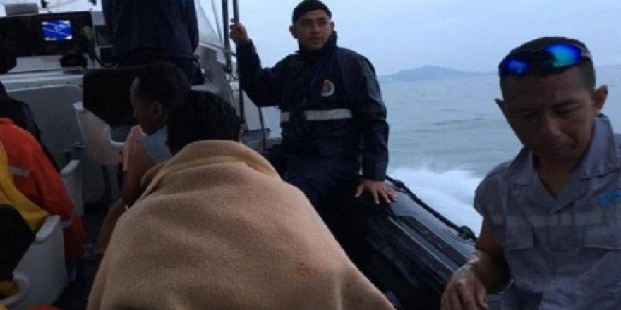 Malezya açıklarında iki gemi çarpıştı