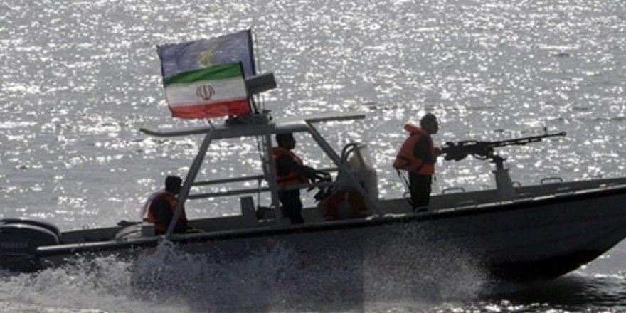 İran kaçak yakıt tankerine el koydu