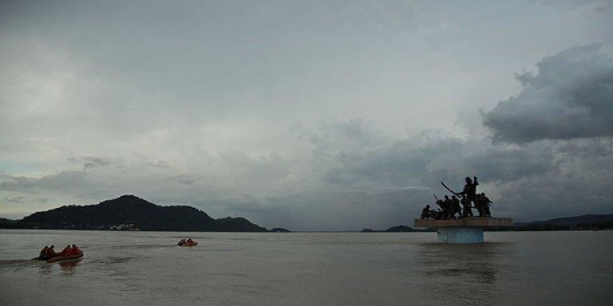 Alabora olan teknedeki 9 kişi öldü