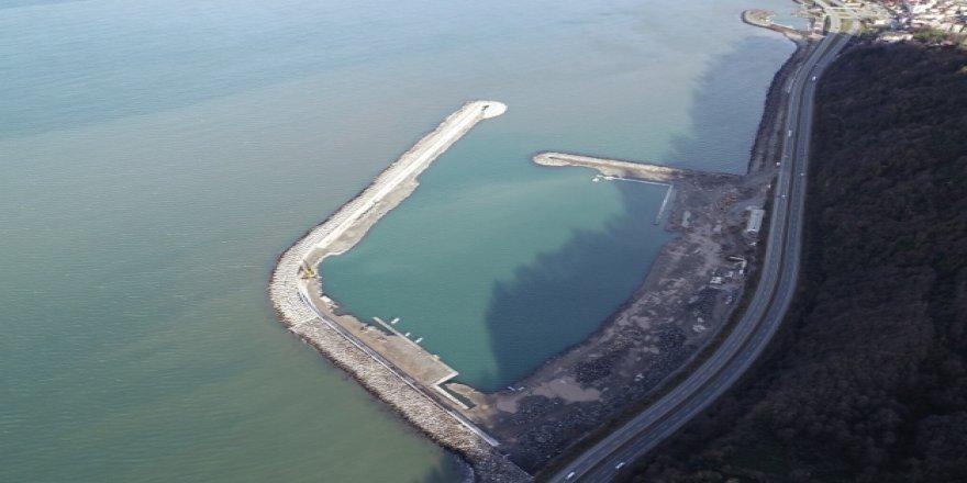 Hopa Balıkçı Barınağı 100 tekneyi barındıracak