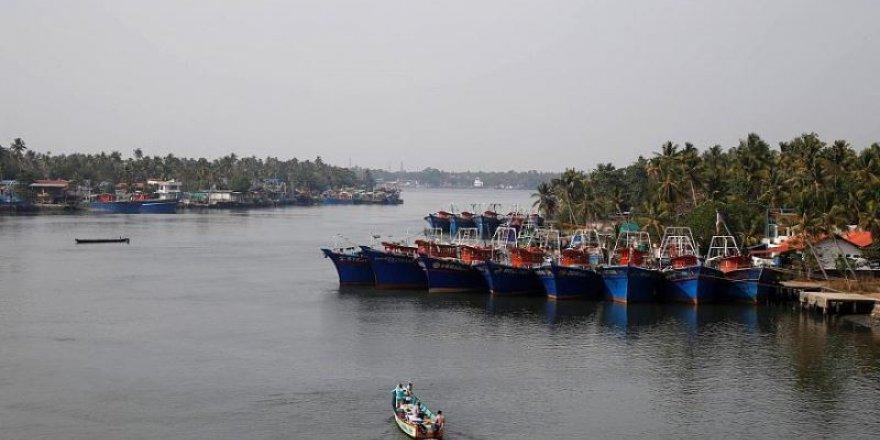 Alabora olan teknede 8 kişi öldü