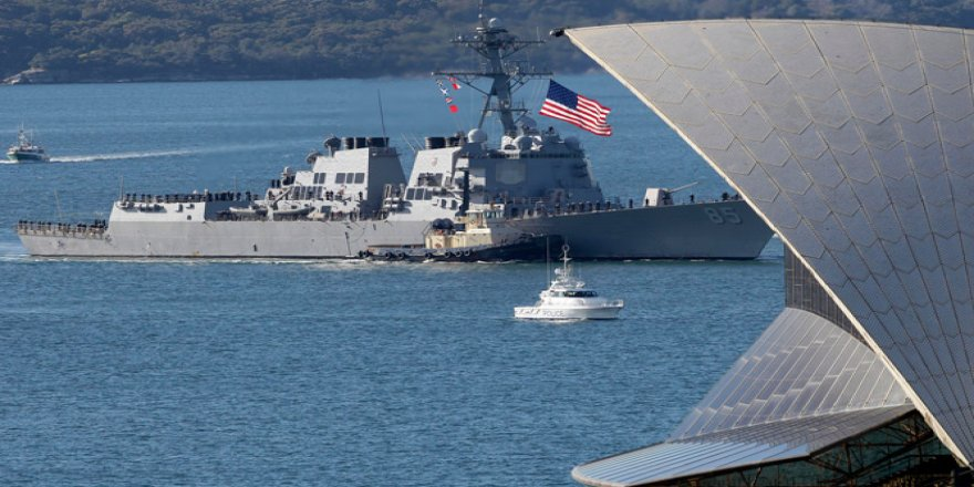 ABD savaş gemileri Güney Çin Denizi'ne girdi