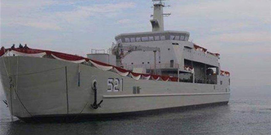 Endonezya'nın tank çıkarma gemisi göreve başladı