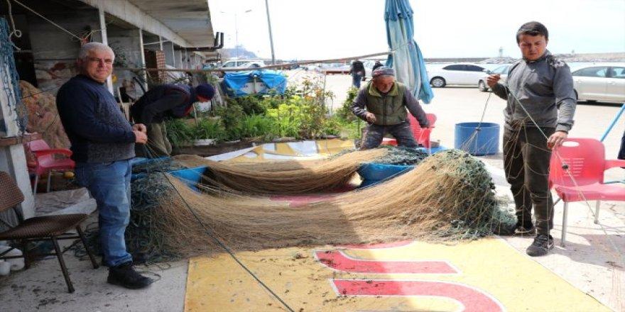 Balıkçıların ağ mesaisi başladı