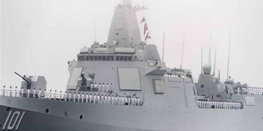 Çin'in 'Nanchang' destroyeri ilk kez görüntülendi