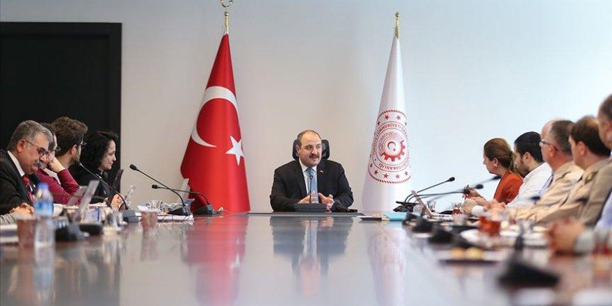 Türkiye Antarktika'da kalıcı üs kurmayı hedefliyor
